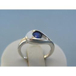 Strieborný dámsky prsteň modrý kameň DPS53270 925/1000 2.70g