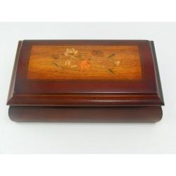 Dámska drevená šperkovnica hracia 1600