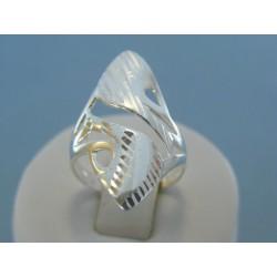 Strieborný dámsky prsteň vzorovaný DPS56328 925/1000 3.28g