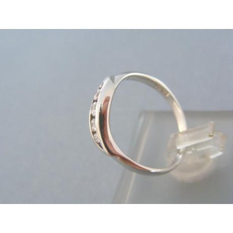 Dámsky prsteň s kamienkami zirkónu biele zlato