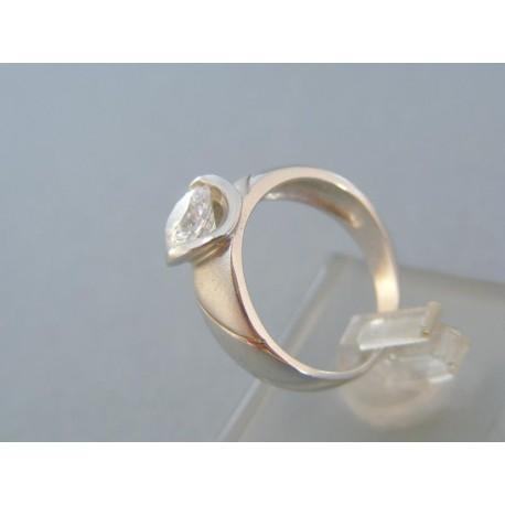 Dámsky prsteň biele zlato okrúhly zirkón zárezy