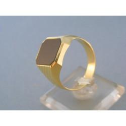 Vzorovaný pánsky prsteň žlté zlato kameň onyx