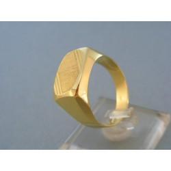 Prsteň pánsky žlté zlato jemný vzor