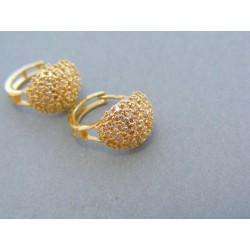 Zaujímave dámske náušnice vyrobené zo žltého zlata kamienky