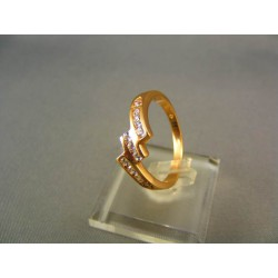 Zlatý prsteň s malými zirkónmi žlté zlato VP59329Z