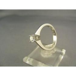 Diamantový prsteň v bielom zlate VD55424