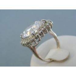 Strieborný prsteň zdobený Swarovským krištáľom elegantný VPS531280
