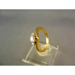 Zlatý dámsky prsteň so zirkónom v korunke VP56364Z