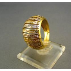 Zlatý dámsky prsteň viacfarebný s kamienkami