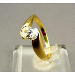 Zlatý dámsky prsteň žlté zlato zdobený kameňom VP50297Z