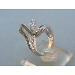 Strieborný prsteň dámsky vzorovaný VPS53852