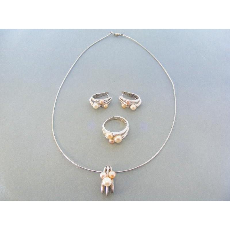 8b71a9d2a Elegantá strieborná súprava náhrdelník náušnice prsteň DSS2420