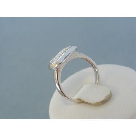 Pekný dámsky prsteň striebro krištáliky DPS51435prs
