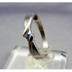 Zlatý prsteň biele zlato, jednoduchý VP52157B