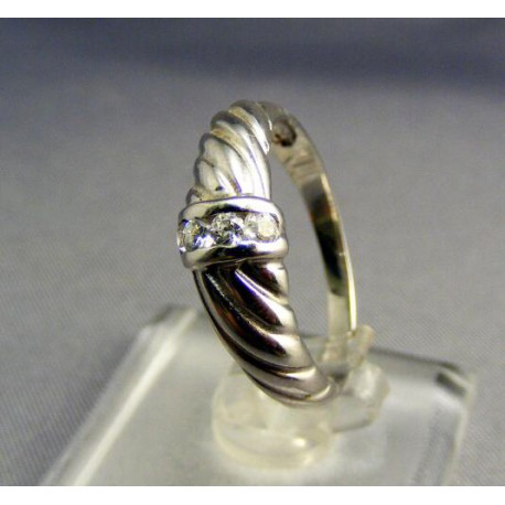 Dámsky prsteň biele zlato