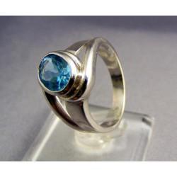 Zlatý prsteň biele zlato so syntetickým akvamarinom VP56669B