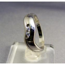 Zlatý prsteň biele zlato vyrezávany VP59398B