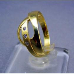 Zlatý dámsky prsteň poprepletaný žlté zlato VP53303Z