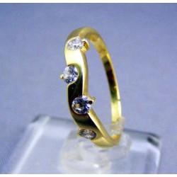 Zlatý dámsky prsteň v žltom zlate zirkóny VP56211/1Z