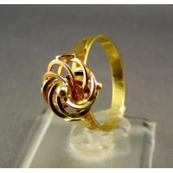 Zlatý dámsky prsteň v tvare ruže viacfarebné zlato VP67315V