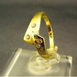 Zlatý dámsky prsteň žlté zlato so zirkónom VP51182Z