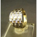 Zlatý dámsky prsteň gravirovany biele zlato VP52185B