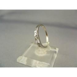 Zlatý dámsky prsteň jemný jednoduchý biele zlato VP52165B