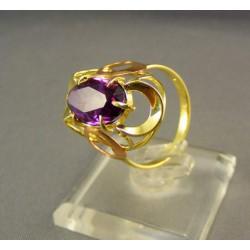 Zlatý prsteň s fialovým zirkónom viacfarebné zlato VP56442V