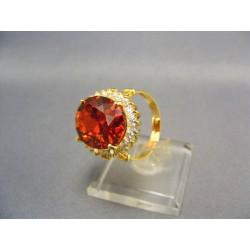 Zlatý dámsky prsteň s veľkým syntetickým rubínom žlté zlato VP58907Z
