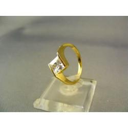 Zlatý dámsky prsteň so zirkónom jemný žlté zlato VP55300Z