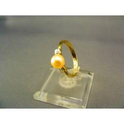 Zlatý dámsky prsteň s perlou kultivovanou VP54210