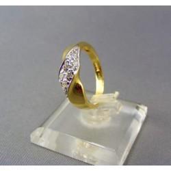 Zlatý dámsky prsteň s malými zirkónmi VP54290