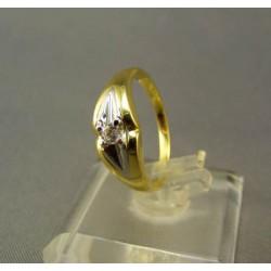 Zlatý dámsky prsteň s bielym zirkónom VP53320