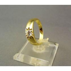 Zlatý prsteň s kamienkom v korunke VP56315