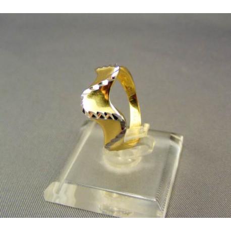 Zlatý dámsky prsteň viacfarebné zlato