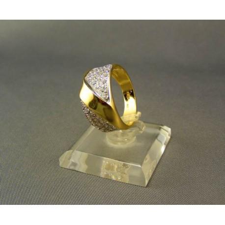 Zlatý dámsky prsteň zo zirkónom