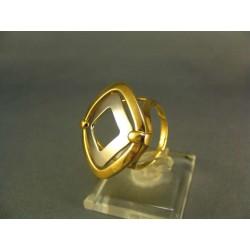 Zlatý dámsky prsteň zaujímavy viacfarebné zlato VP57515V