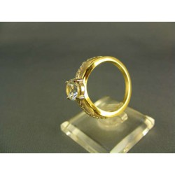 Zlatý dámsky prsteň s kamienkom žlté zlato VP58488Z