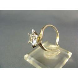 Zlatý prsteň biele zlato zdobený kamienkami VP53363B