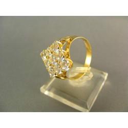 Zlatý prsteň s kamienkami v tvare kosoštvorca žlté zlato DP61373Z