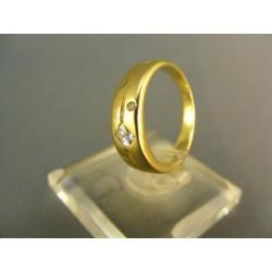 Zlatý prsteň s jemným zárezom žlté zlato VP50252Z