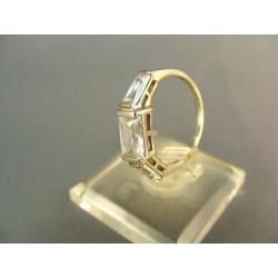 Zlatý dámsky prsteň v modernom tvare z bieleho zlata VP51242B