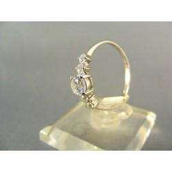 Zlatý dámsky prsteň s kamienkami zirkónu biele zlato VP56144B