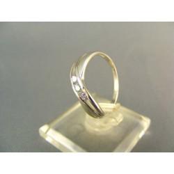 Zlatý prsteň dámsky prepletený biele zlato DP55204B