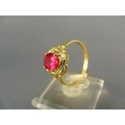 Zlatý dámsky prsteň s farebným kamienkom žlté zlato VP57261Z