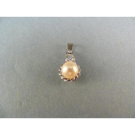 Zlatý prívesok s perlou v bielom zlate