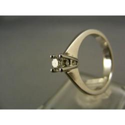 Diamantový prsteň v bielom zlate jeden kameň VD54435