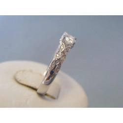 Zlatý dámsky prsteň vzorovaný biele zlato zirkóny VP58229B 14 karátov 585/1000 2,29g