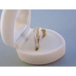Zlatý dámsky prsteň viacfarebné zlato zirkóny VP57174V 14 karátov 585/1000 1,74 g