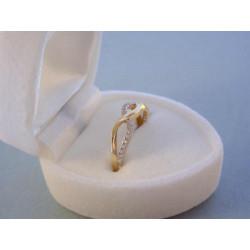 Zaujímavý dámsky prsteň žlté zlato zirkóny VP49142Z 14 karátov 585/1000 1,42 g